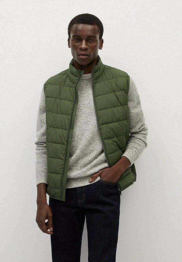 GORRYST - Vest - khaki