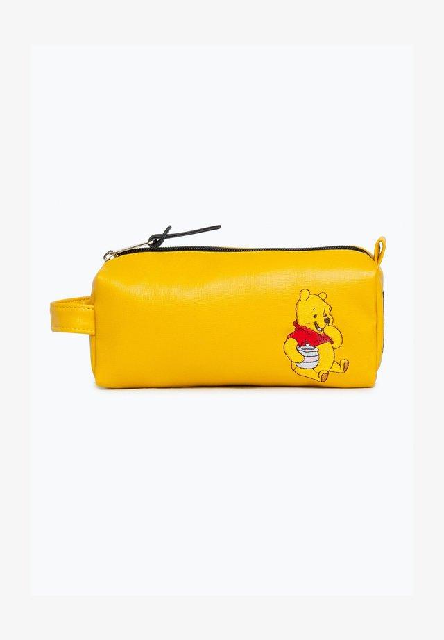 DISNEY WINNIE THE POOH PENCIL CASE  - Astuccio - yellow
