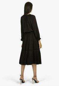 Apart - Jumper dress - schwarz - 1