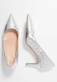 Bianca Di - Classic heels - argento - 3