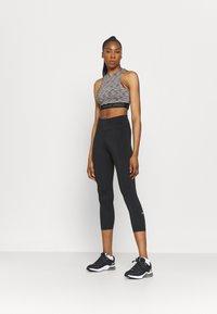 Nike Performance - TANK  - Débardeur - black - 1