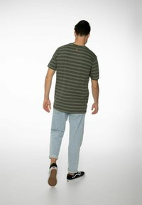 NXG by Protest - Print T-shirt - spruce - 2