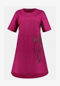 Ulla Popken - Day dress - magnolienrot - 1