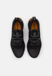 Timberland - MADBURY - Sneakersy niskie - black - 3
