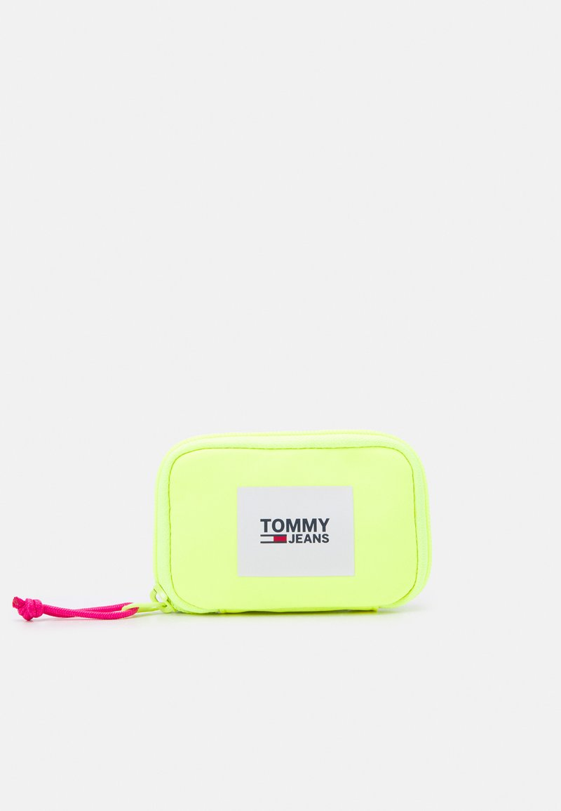 Tommy Jeans - URBAN HANGING POUCH UNISEX - Plånbok - yellow