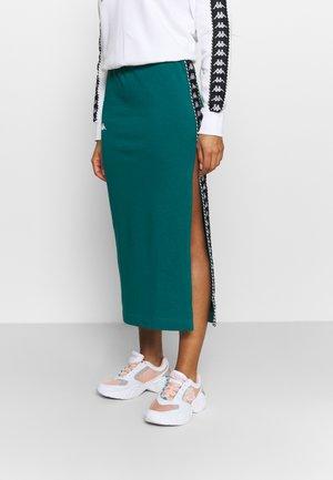 ISMINI - Falda de deporte - shaded spruce