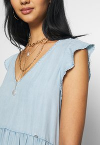 Superdry - TINSLEY TIERED DRESS - Denim dress - indigo light - 4