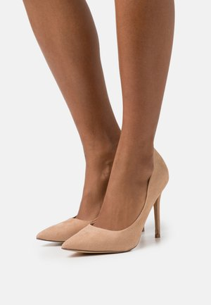 CATERINA  - Pumps - camel