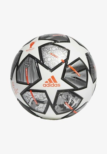 FINALE 21 20TH ANNIVERSARY UCL MINI FOOTBALL