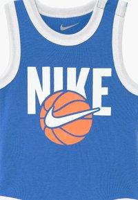 Nike Sportswear - BOYS BABY SET - Dárky pro nejmenší - blue - 3