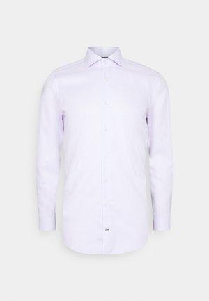 PANKO - Zakelijk overhemd - lila
