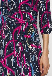 Lauren Ralph Lauren - PRINTED MATTE DRESS - Jersey dress - navy/aruba pin - 4