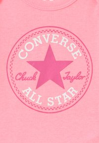 Converse - CLASSIC INFANT SET - Regalo per nascita - arctic punch - 3
