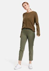 Gerry Weber - Slim fit jeans - green - 1