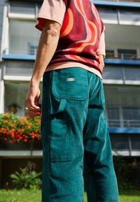 Dickies - REWORKED UTILITY PANT - Cargo trousers - ponderosa pine - 2