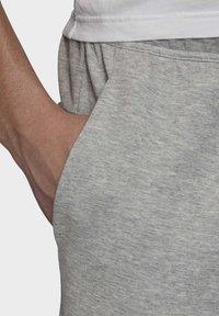 adidas Performance - MUST HAVES STADIUM SHORTS - Sports shorts - grey - 4