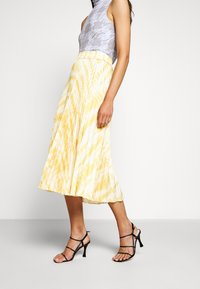 Proenza Schouler White Label - PRINTED PLEATED LONG SKIRT - Jupe trapèze - light yellow - 0