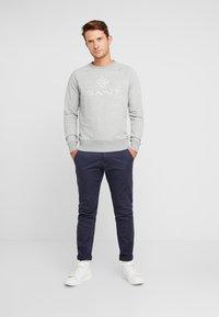 GANT - LOCK UP CREW NECK - Sweatshirt - grey melange - 1