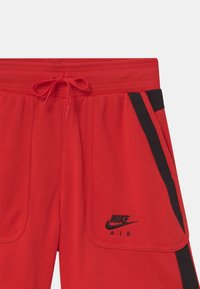 Nike Sportswear - AIR - Shorts - university red/black - 2