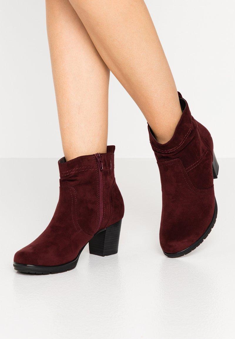 Jana - Ankle boots - vino