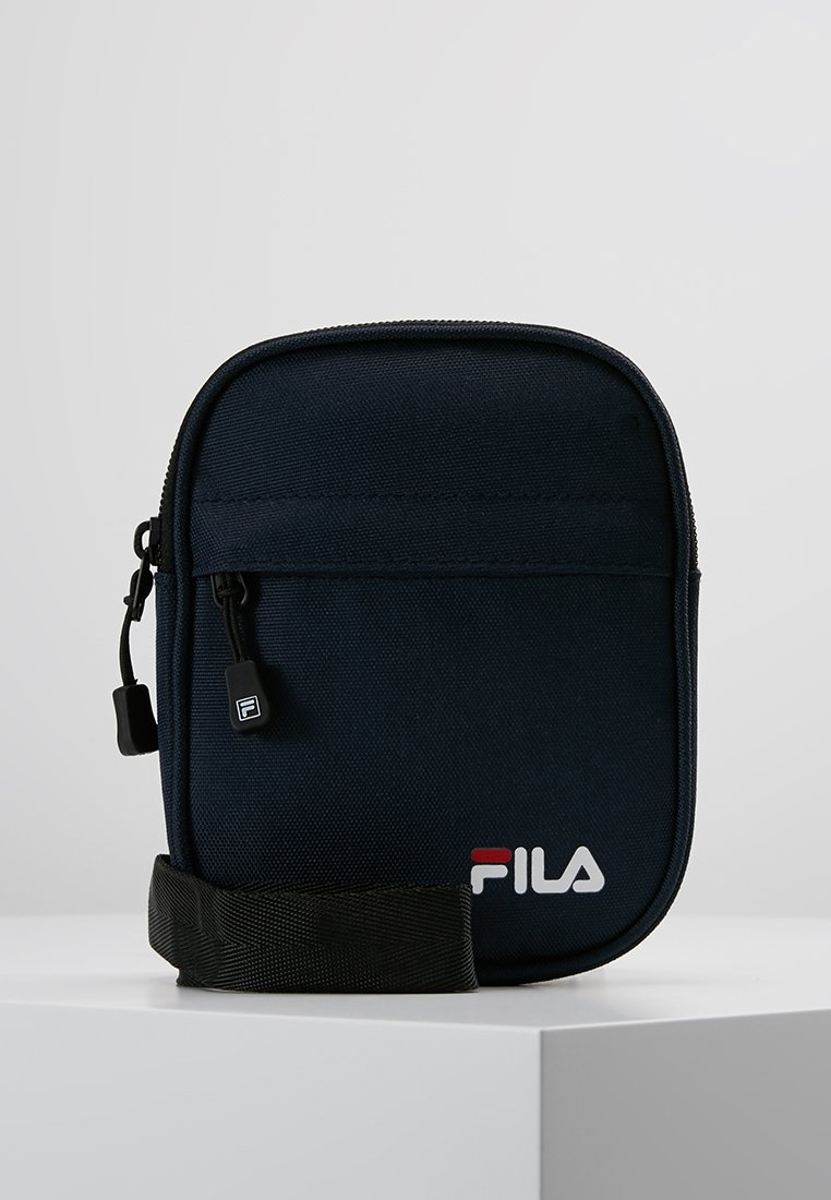 Fila - NEW PUSHER BAG BERLIN - Skuldertasker - black iris