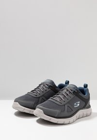 Skechers Wide Fit - TRACK SCLORIC - Sneakers basse - grey/navy - 2