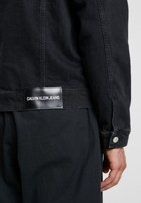 Calvin Klein Jeans - FOUNDATION SLIM JACKET - Jeansjakke - black - 3