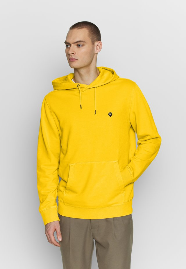 VINTAGE WASH HOODIE - Sweat à capuche - yellow