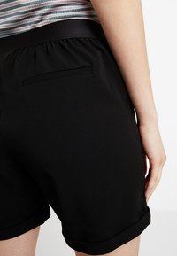 Object - OBJCECILIE  - Shorts - black - 3