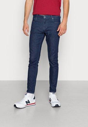 SKIM CROPPED - Slim fit jeans - ready rinse