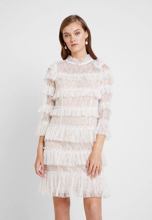 CARMINE DRESS - Cocktailkjole - white