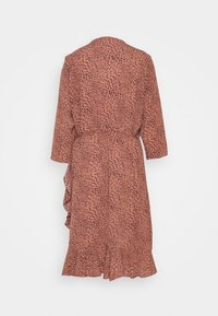 ONLY Carmakoma - CARLUXMAJA WRAP DRESS - Day dress - cedar wood - 1