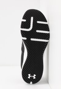 Under Armour - ENGAGE - Træningssko - black/white - 4