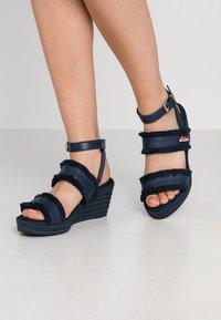 Tommy Hilfiger - FRINGES MID WEDGE  - Platform sandals - sport navy - 0