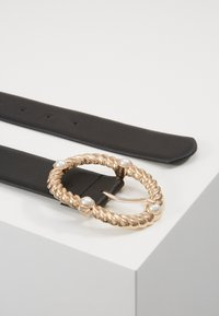 Pieces - PCONIA WAIST BELT KEY - Pásek - black/gold-coloured - 2