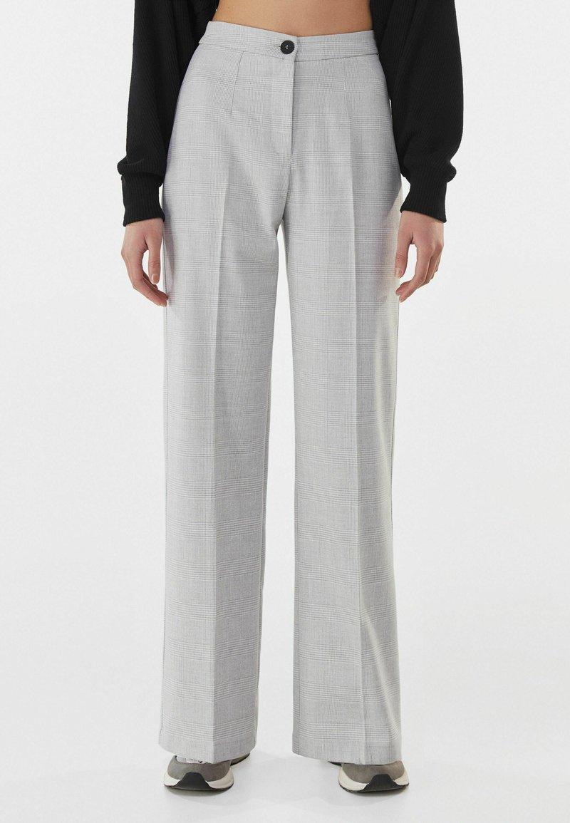 Bershka - Trousers - light grey