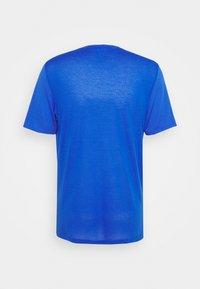 Reebok - WOR SUP GRAPHIC TEE - Print T-shirt - blue - 1