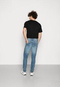 Redefined Rebel - STOCKHOLM DESTROY - Jeans slim fit - soft blue - 2
