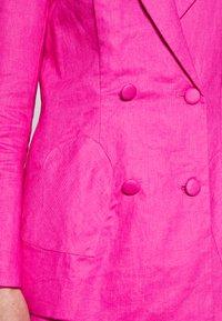 Never Fully Dressed - LINEN HEART POCKET - Blazer - pink - 5