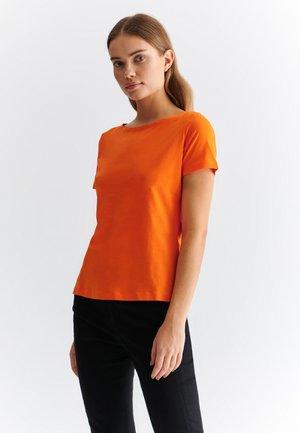 MIKAJA - T-shirt basic - orange