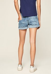 Pepe Jeans - SIOUXIE - Jeansshorts - denim - 2