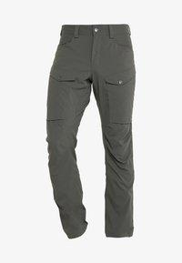 MID FJORD PANT MEN - Outdoor trousers - beluga