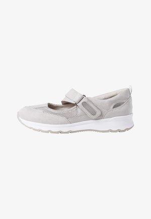 Slippers - lt. grey