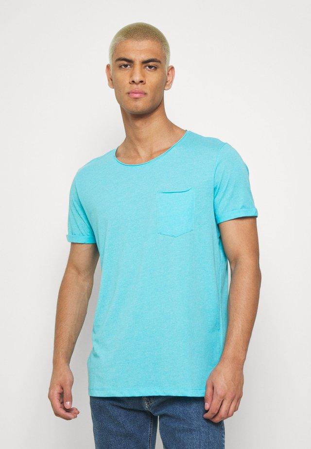 GRINDLE - T-paita - light blue