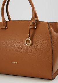 L.CREDI - FELICIA - Handbag - cognac - 3
