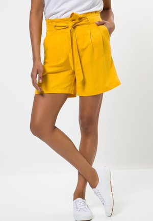 Shorts - yellow curry