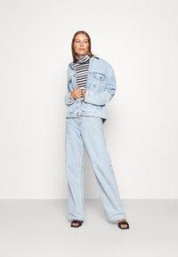 Calvin Klein Jeans - Long sleeved top - black/bright white - 1