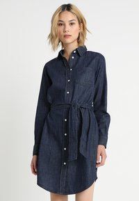 JDY - JDYESRA SHIRT DRESS  - Spijkerjurk - dark blue denim - 0