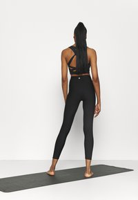 Cotton On Body - REVERSIBLE 7/8 - Tights - black - 2
