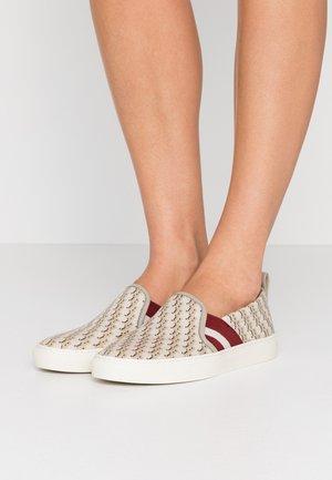 HENRIKA NEW - Nazouvací boty - caillou